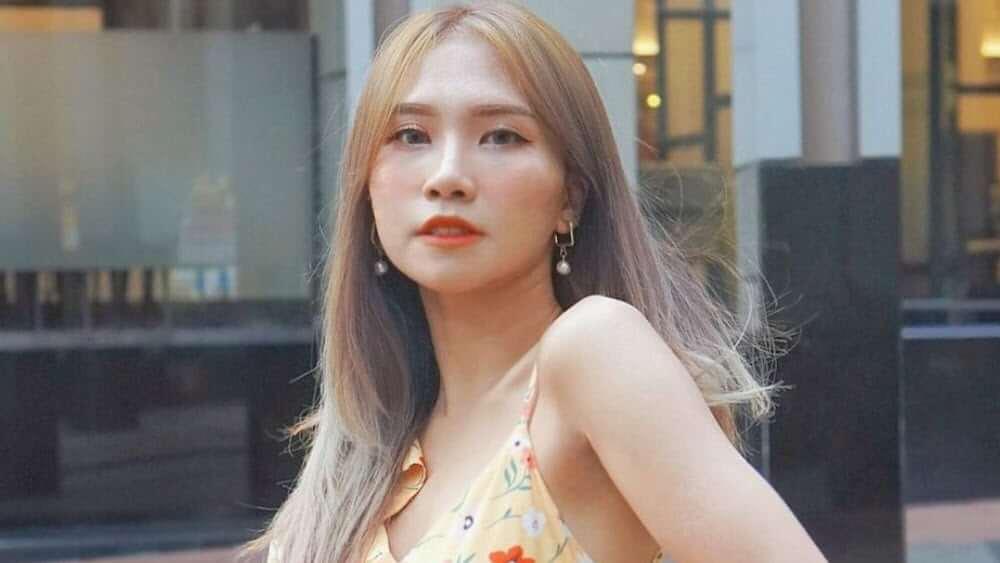 Korean Women – Meeting, Dating, and More (LOTS of Pics) 67