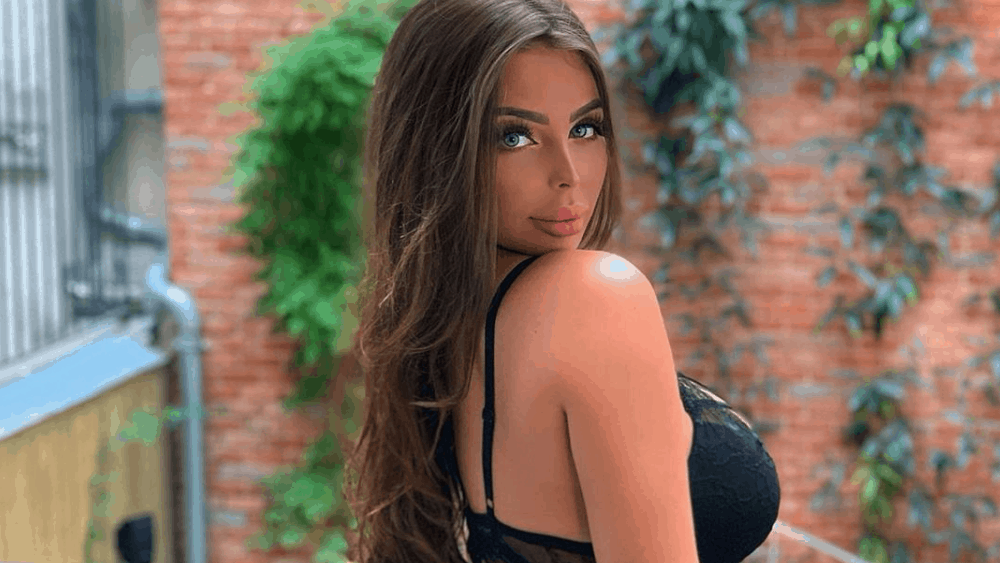 French Women - Meeting, Dating, and More (LOTS of Pics) 13