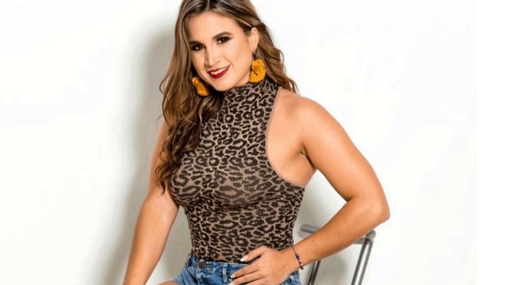 Ecuadorian Women: Meeting, Dating, and More (LOTS of Pics) 28