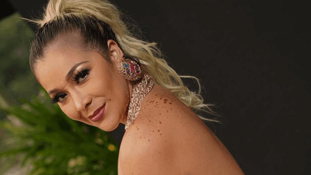 Ecuadorian Women: Meeting, Dating, and More (LOTS of Pics) 29