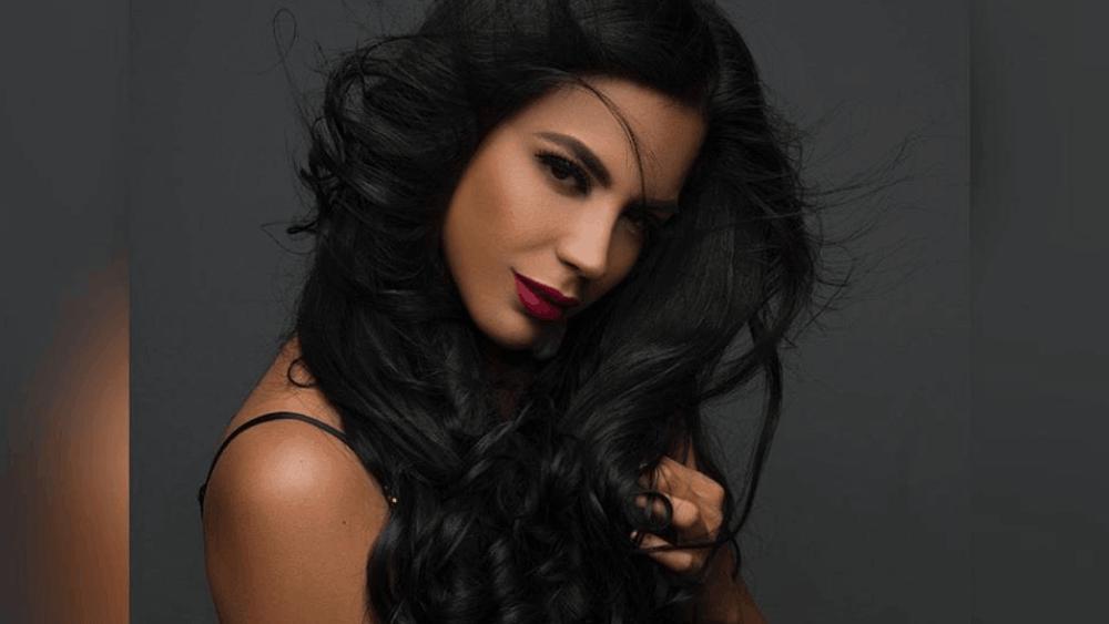 Ecuadorian Women: Meeting, Dating, and More (LOTS of Pics) 32