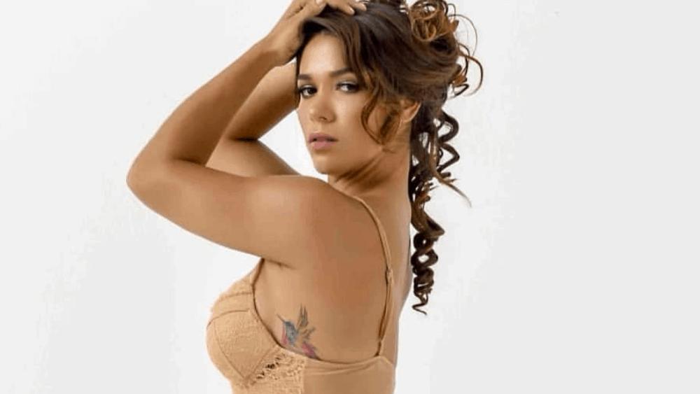Ecuadorian Women: Meeting, Dating, and More (LOTS of Pics) 37