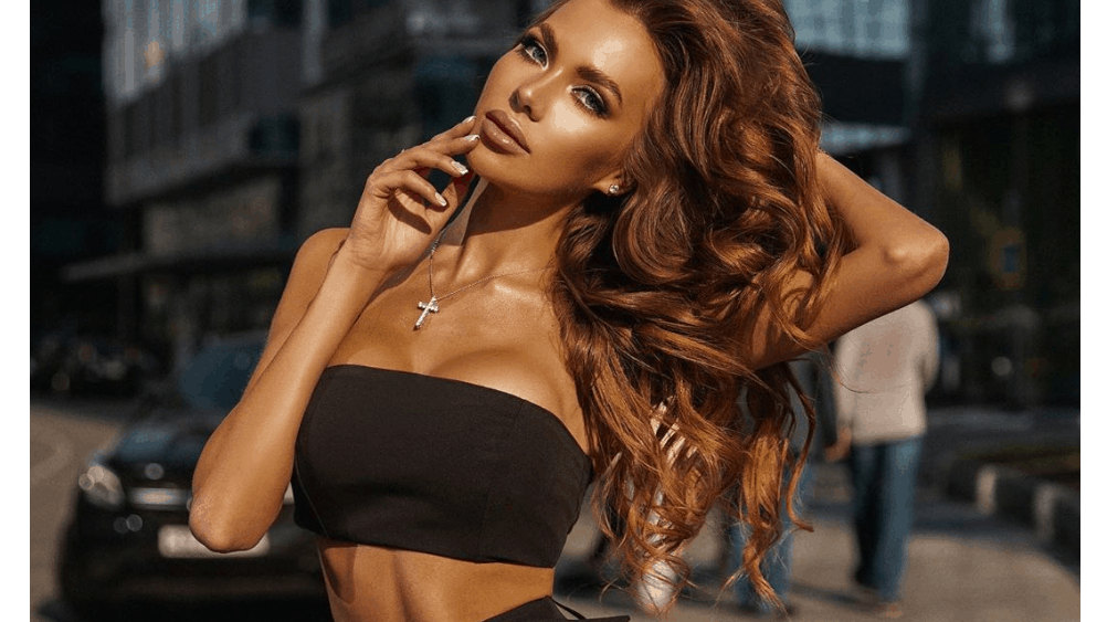 Russian Women: Meeting, Dating, and More (LOTS of Pics) 26
