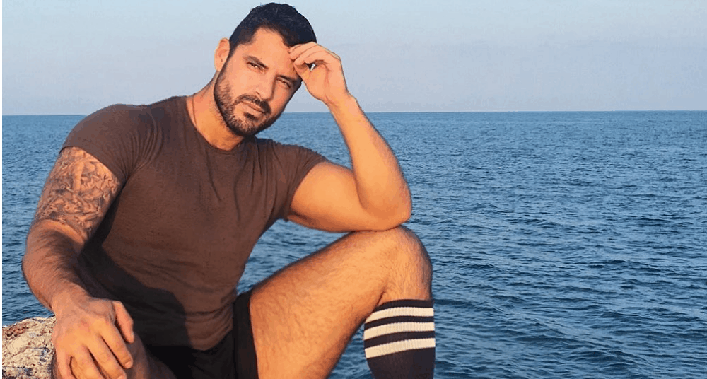 Canadian Men – Meeting, Dating, and More (LOTS of Pics) 29