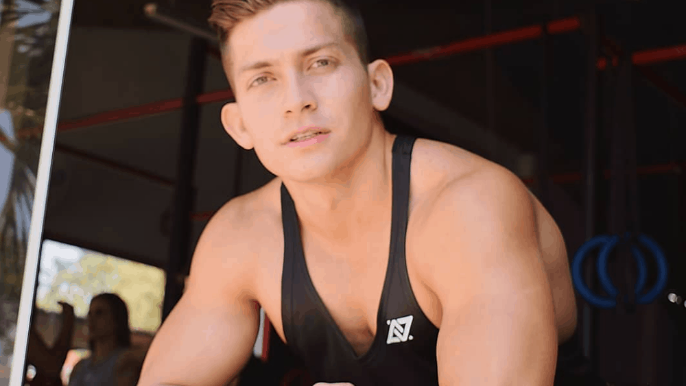 Bolivian Men - Meeting, Dating, and More (LOTS of Pics) 10