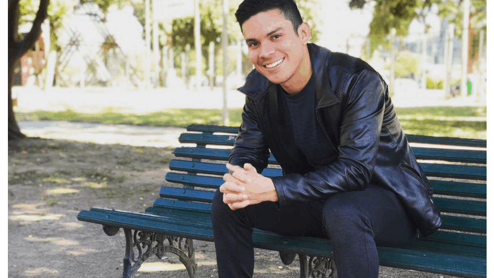 Bolivian Men - Meeting, Dating, and More (LOTS of Pics) 26