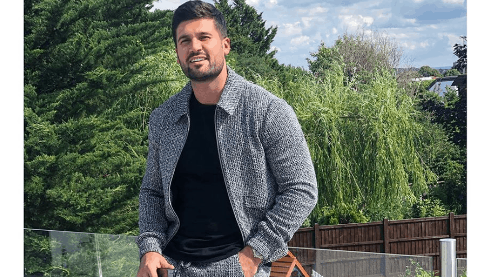 Canadian Men – Meeting, Dating, and More (LOTS of Pics) 42