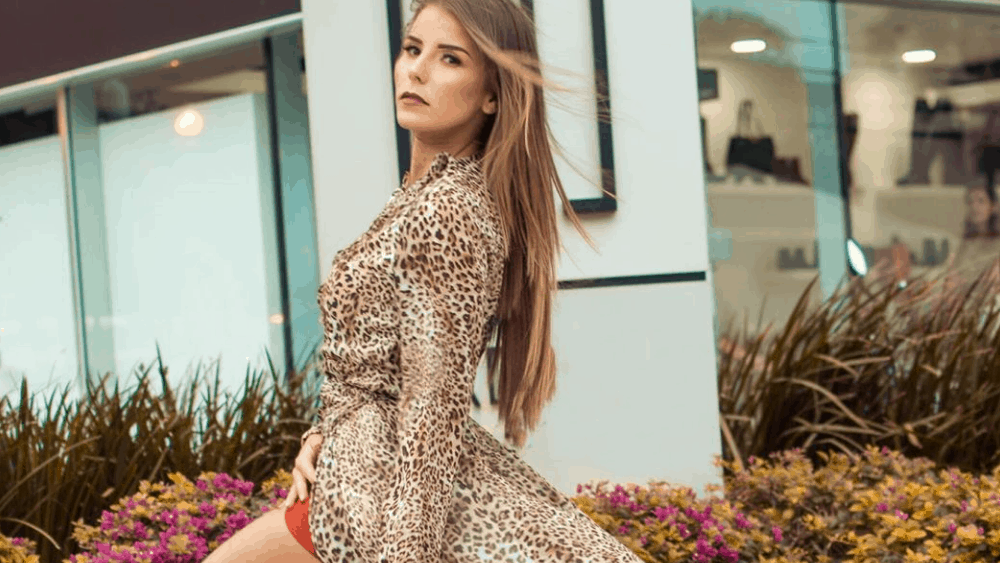 Bolivian Women: Meeting, Dating, and More (LOTS of Pics) 49