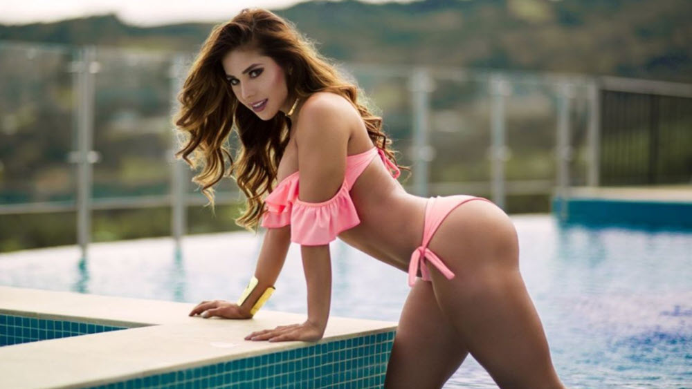 Chilean Women: Meeting, Dating, and More (LOTS of Pics) 57