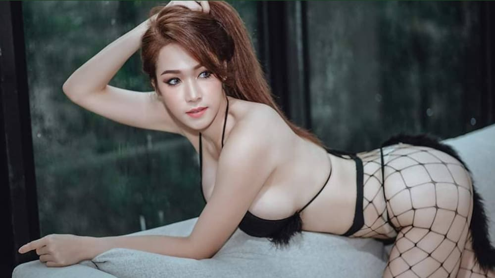 Thai Women: Meeting, Dating, and More (LOTS of Pics) 18