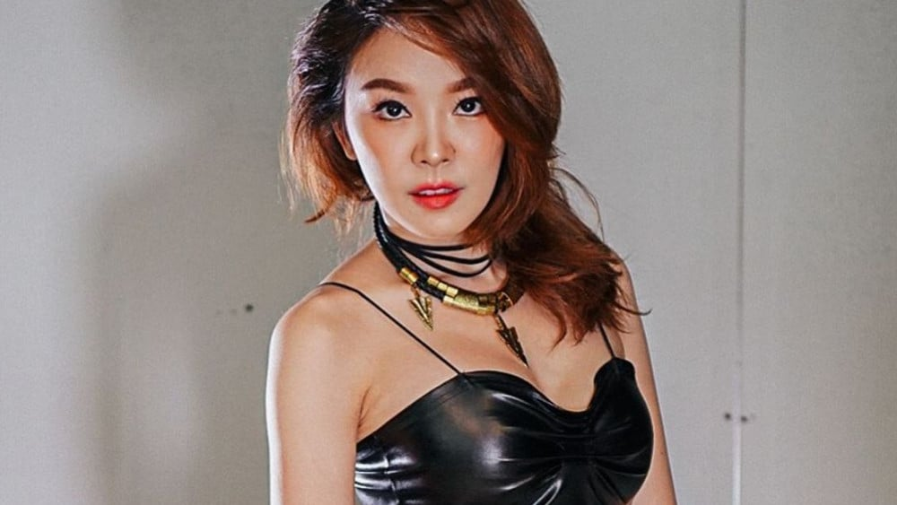 Thai Women: Meeting, Dating, and More (LOTS of Pics) 22