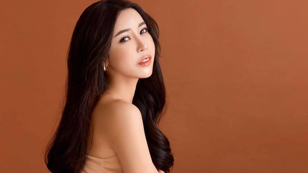 Thai Women: Meeting, Dating, and More (LOTS of Pics) 26