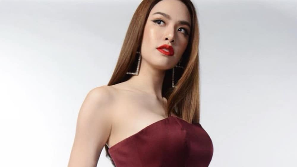 Thai Women: Meeting, Dating, and More (LOTS of Pics) 34