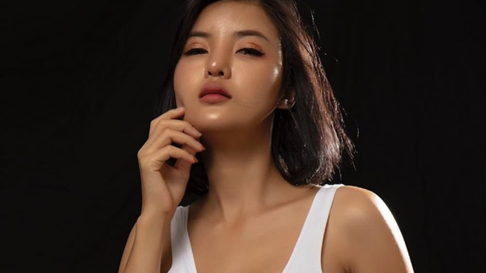 Thai Women: Meeting, Dating, and More (LOTS of Pics) 47