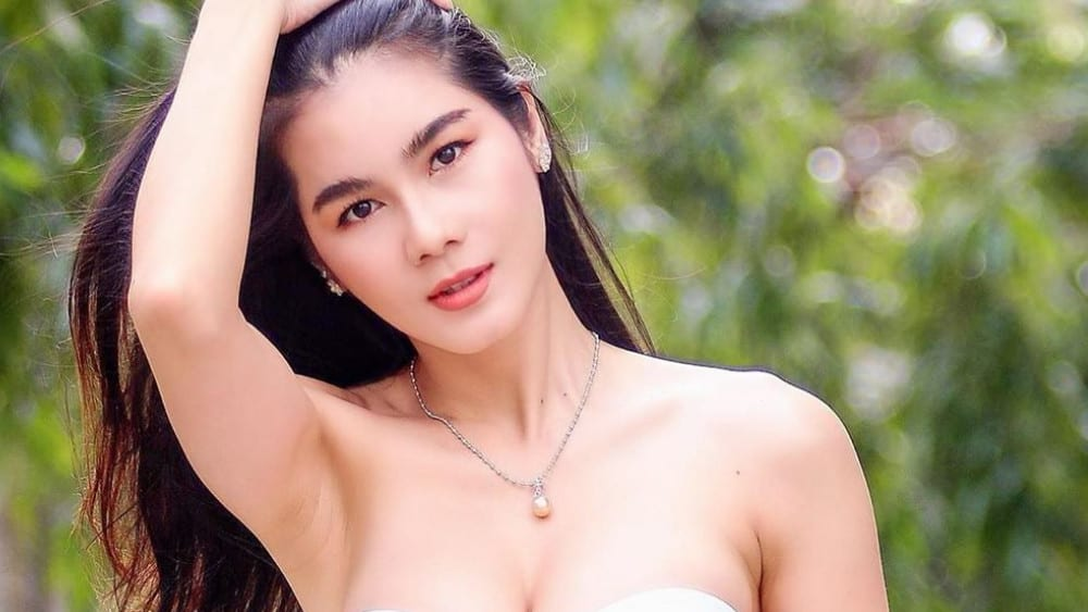 Thai Women: Meeting, Dating, and More (LOTS of Pics) 65
