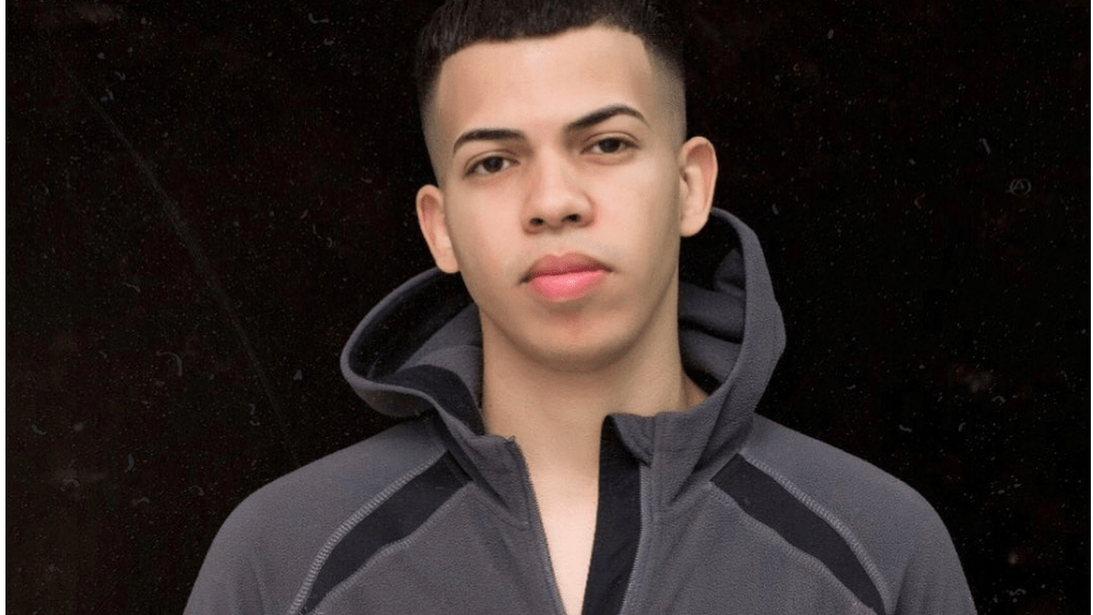 Dominican Men – Meeting, Dating, and More (LOTS of Pics) 23