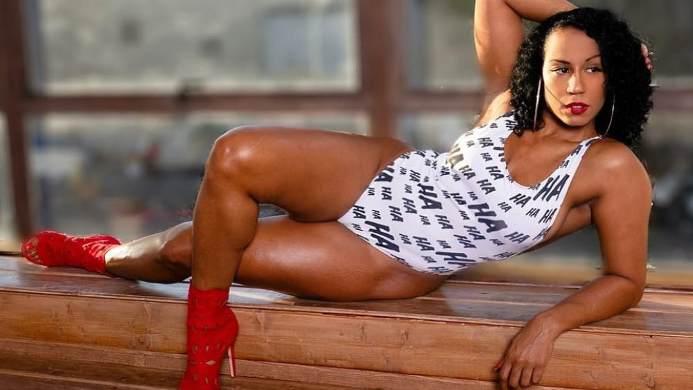 Panamanian Women: Meeting, Dating, and More (LOTS of Pics) 17