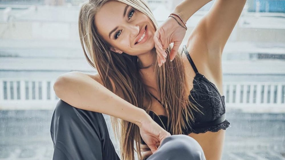 Lithuanian Women: Meeting, Dating, and More (LOTS of Pics) 8
