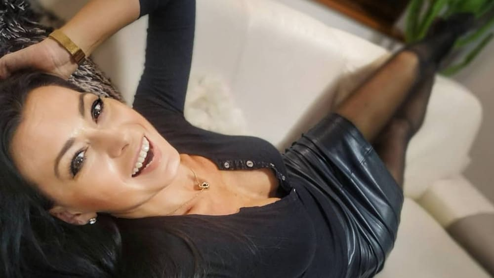 Czech Women: Meeting, Dating, and More (LOTS of Pics) 39