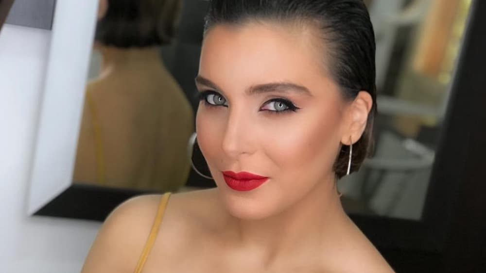 Armenian Women: Meeting, Dating, and More (LOTS of Pics) 25