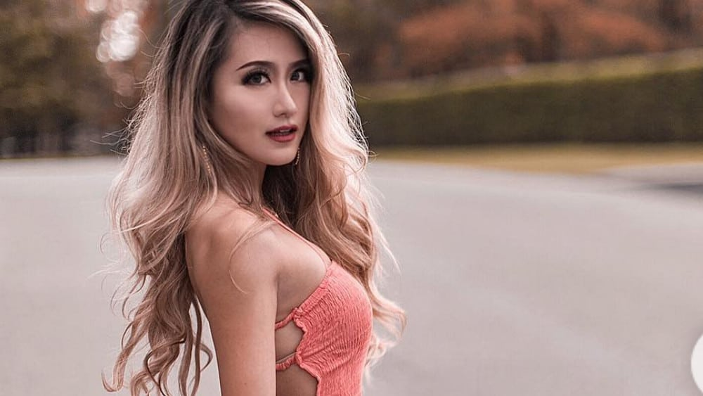 Canadian Women: Meeting, Dating, and More (LOTS of Pics) 41