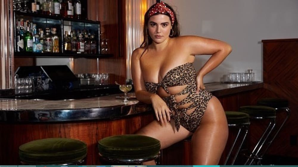 Cuban Women: Meeting, Dating, and More (LOTS of Pics) 30