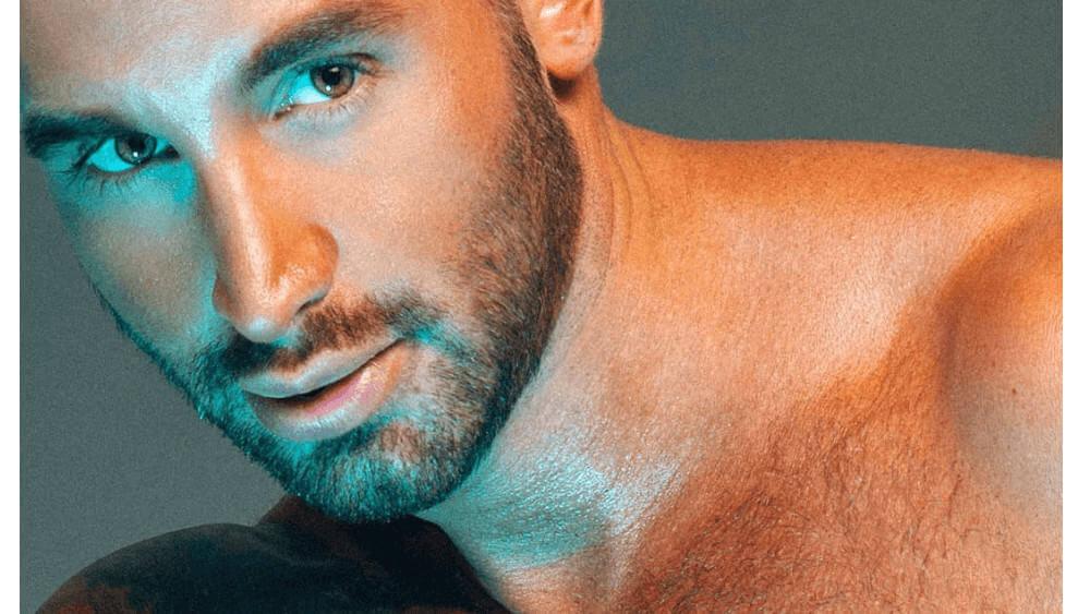 European Men- Meeting, Dating, and More (LOTS of Pics) 11