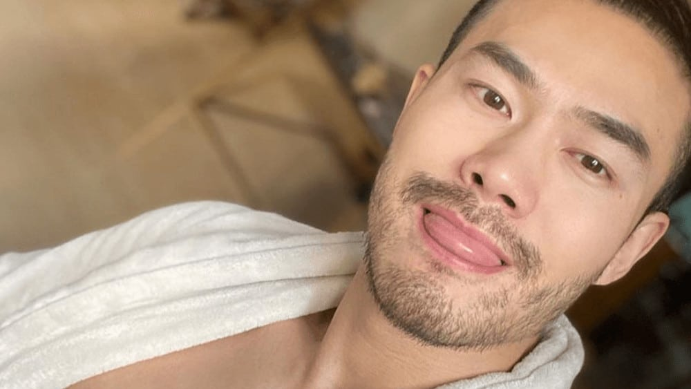 Chinese Men- Meeting, Dating, and More (LOTS of Pics) 11