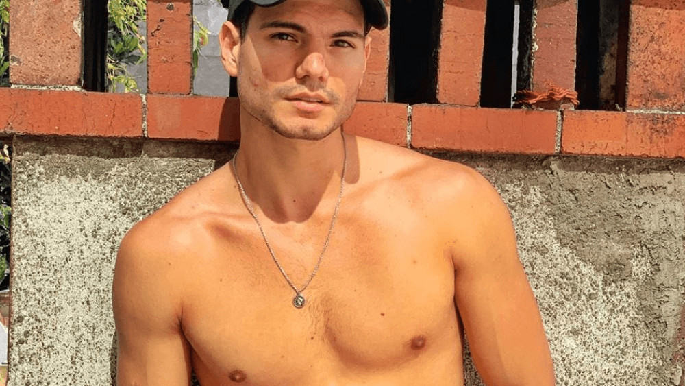 Costa Rican Men- Meeting, Dating, and More (LOTS of Pics) 10