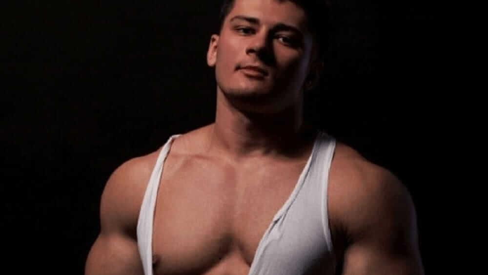 Ukrainian Men- Meeting, Dating, and More (LOTS of Pics) 31