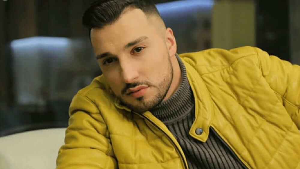Armenian Men - Meeting, Dating, and More (LOTS of Pics) 12