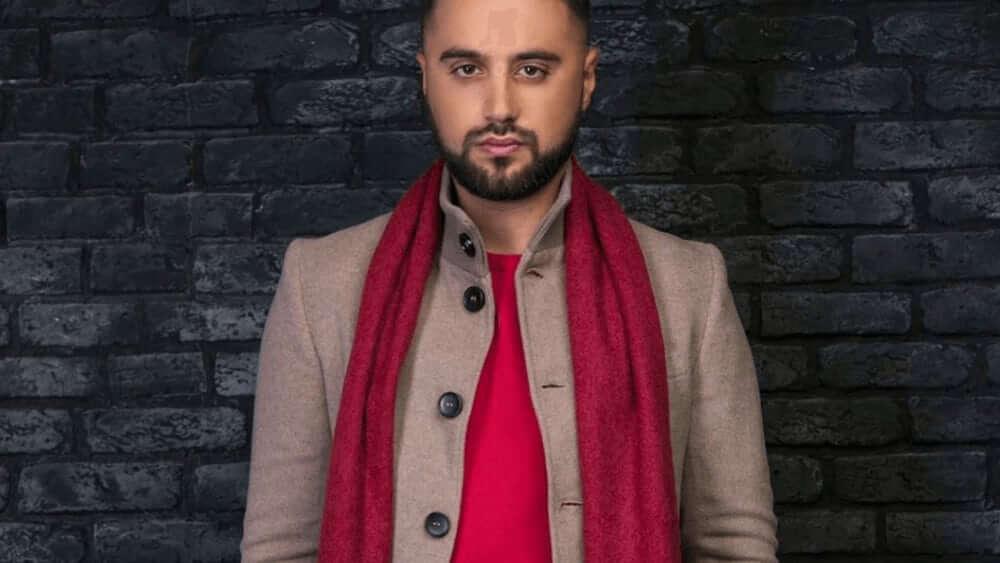 Armenian Men - Meeting, Dating, and More (LOTS of Pics) 3