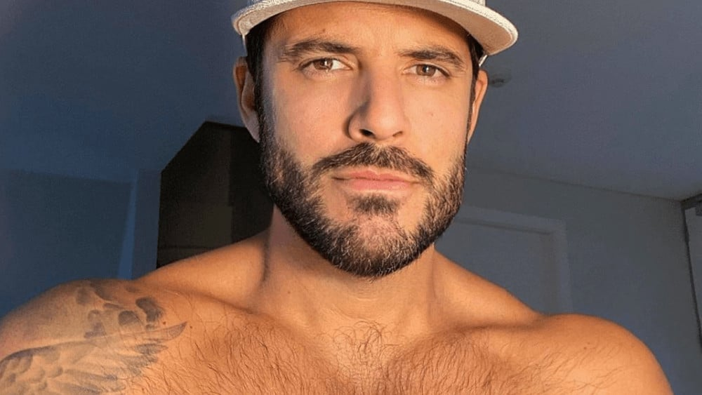 Australian Men – Meeting, Dating, and More (LOTS of Pics) 25