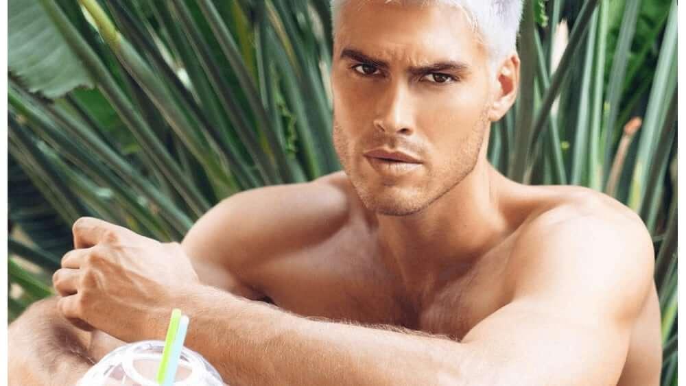 Australian Men – Meeting, Dating, and More (LOTS of Pics) 10