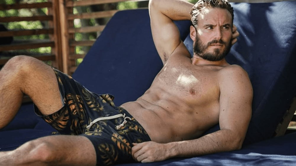 Australian Men – Meeting, Dating, and More (LOTS of Pics) 43