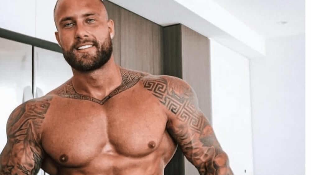 Australian Men – Meeting, Dating, and More (LOTS of Pics) 8