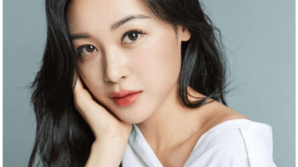 Korean Women – Meeting, Dating, and More (LOTS of Pics) 20
