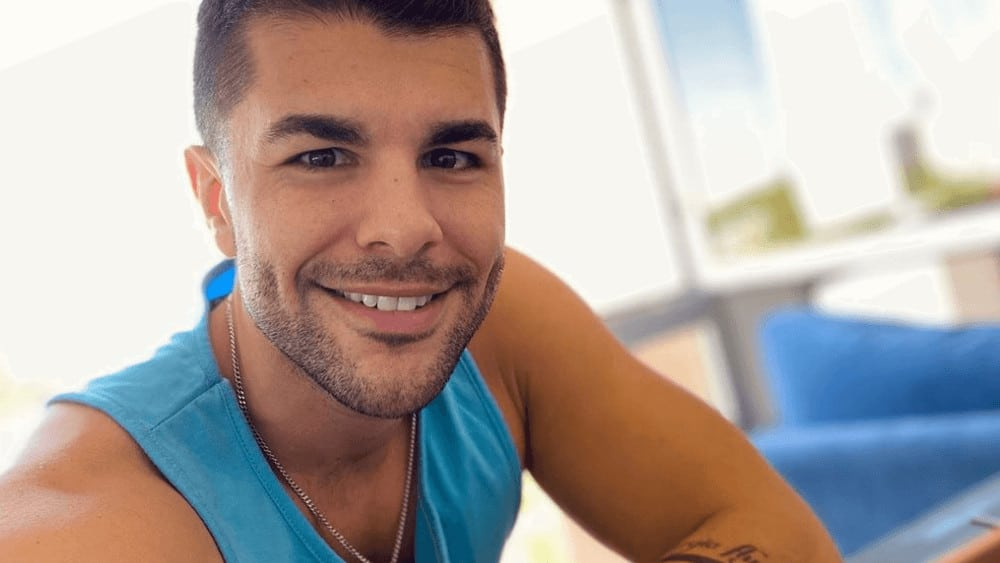 Puerto Rican Men – Meeting, Dating, and More (LOTS of Pics) 30