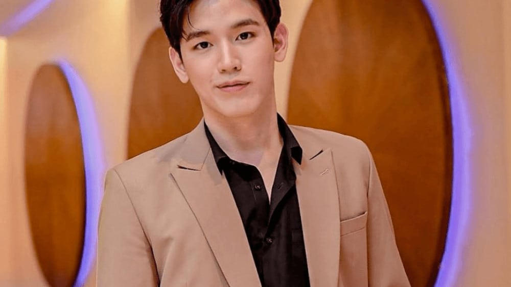 Thai Men – Meeting, Dating, and More (LOTS of Pics) 39