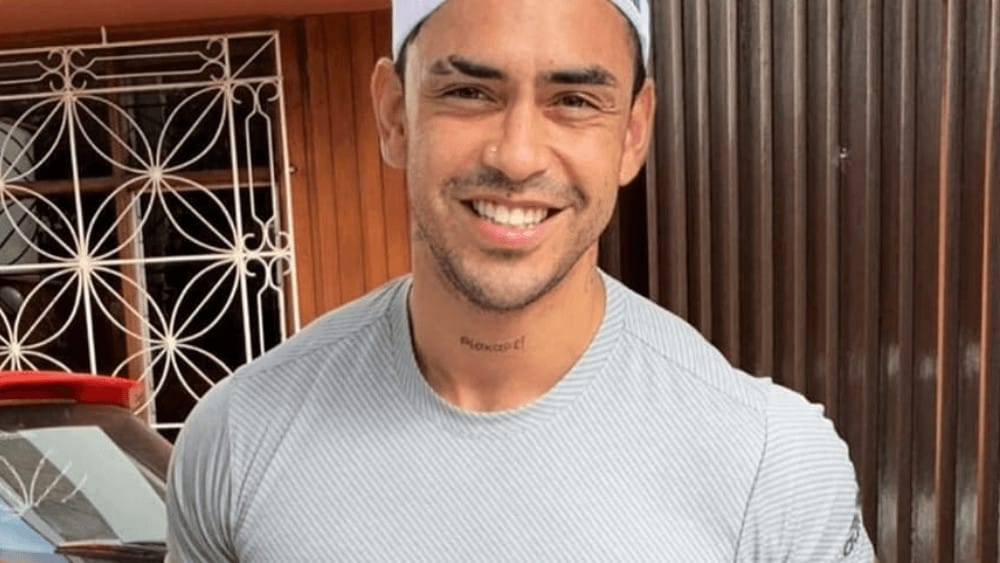 Puerto Rican Men – Meeting, Dating, and More (LOTS of Pics) 54