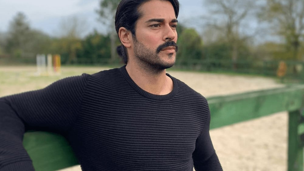 Turkish Men – Meeting, Dating, and More (LOTS of Pics) 10