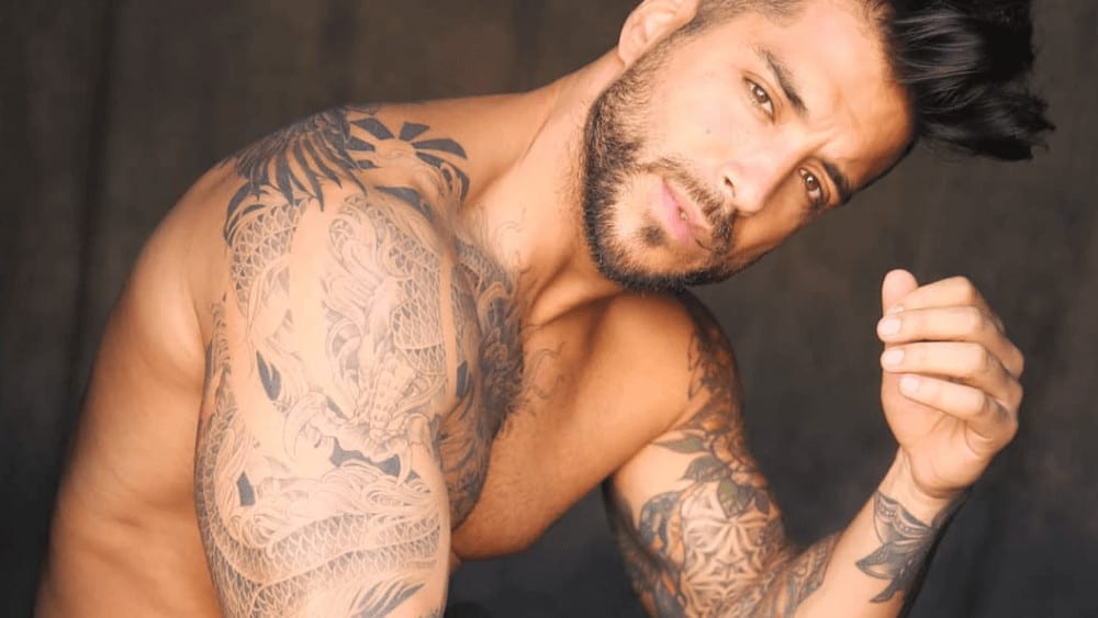 Spanish Men – Meeting, Dating, and More (LOTS of Pics) 48