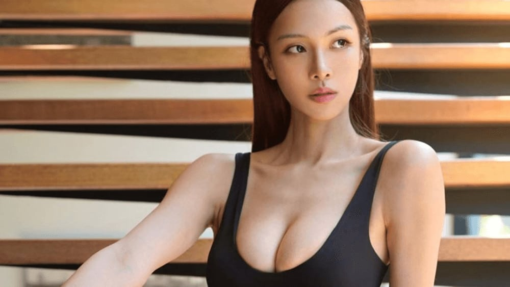 Chinese Women – Meeting, Dating, and More (LOTS of Pics) 12