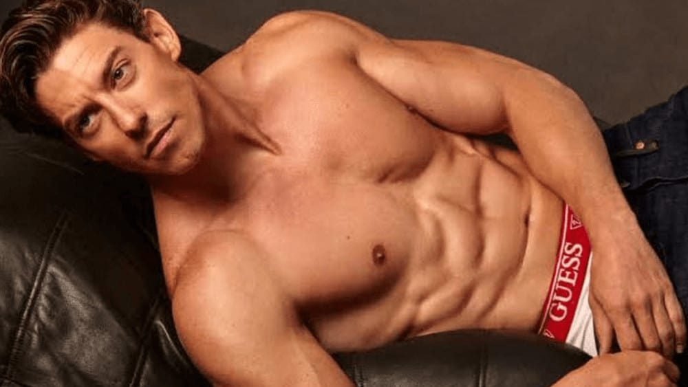 Spanish Men – Meeting, Dating, and More (LOTS of Pics) 42