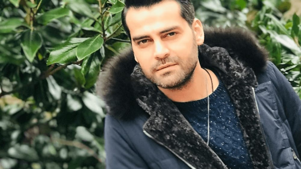 Turkish Men – Meeting, Dating, and More (LOTS of Pics) 53