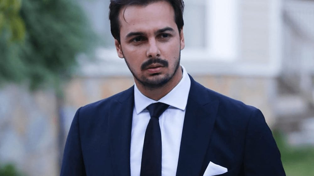 Turkish Men – Meeting, Dating, and More (LOTS of Pics) 55