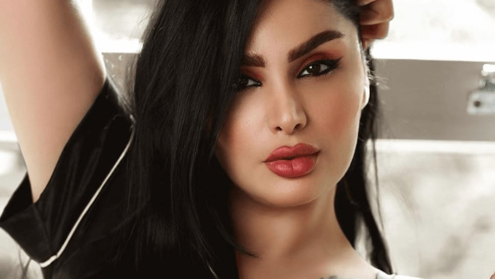 Turkish Women – Meeting, Dating, and More (LOTS of Pics) 38