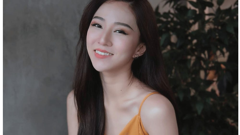 Chinese Women – Meeting, Dating, and More (LOTS of Pics) 39