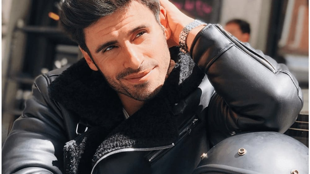 Spanish Men – Meeting, Dating, and More (LOTS of Pics) 26