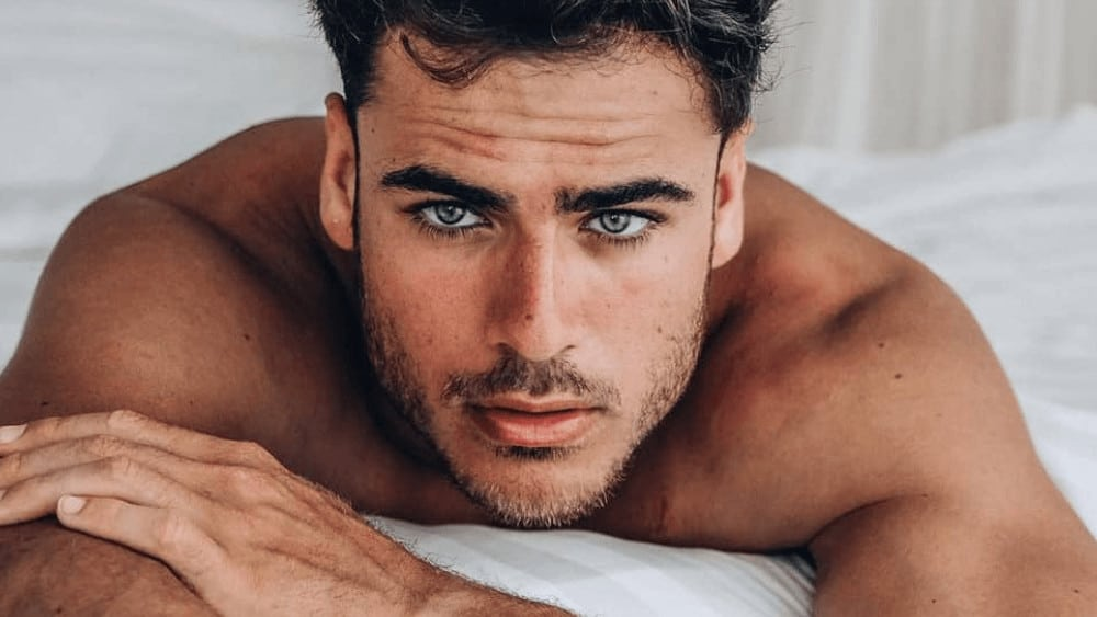 Spanish Men – Meeting, Dating, and More (LOTS of Pics) 8